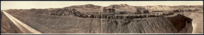 Official_opening_of_the_Gunnison_Tunnel_by_President_Taft_at_the_west_portal,_Montrose,_Colo.,_Sept._23,_1909_LCCN2007661965.tif