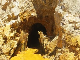 Gold_King_Mine_Entrance